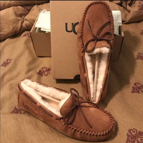 00ce40a232d UGG Dakota Moc Slippers Chestnut Size 10 Women NWT